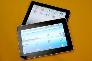 Das E-Pad von Zenithink (oben) ähnelt seinem Vorbild von Apple sehr (Foto: Riewenherm)