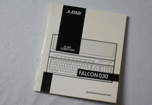 Das Handbuch des Atari Falcon030 (Foto: Riewenherm)